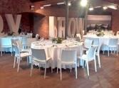białe krzesła CASPE