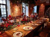 drewniane stoły na wesele