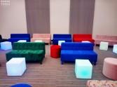 wypożyczalnia kolorowych mebli