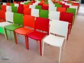 wypożyczalnia kolorowych krzeseł