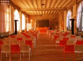 wynajem krzeseł eventowych